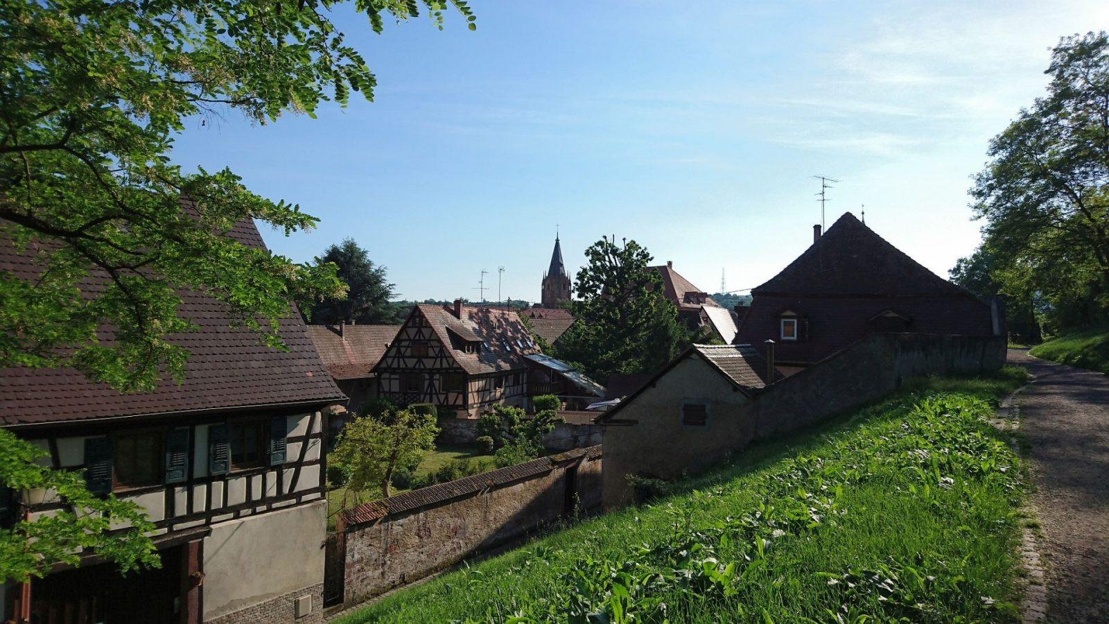 Blick über die Stadt Wissembourg vom ehemaligen Festungswall aus