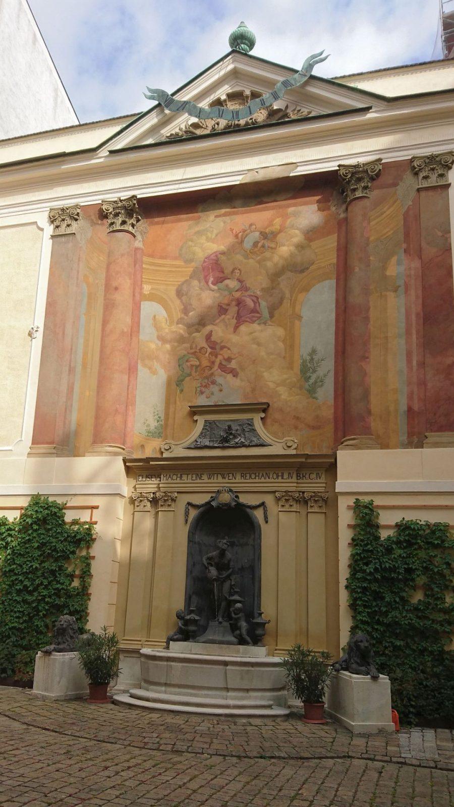 Eher zufällig entdeckt, der Witwe-von-Sarepta-Brunnen in Wien